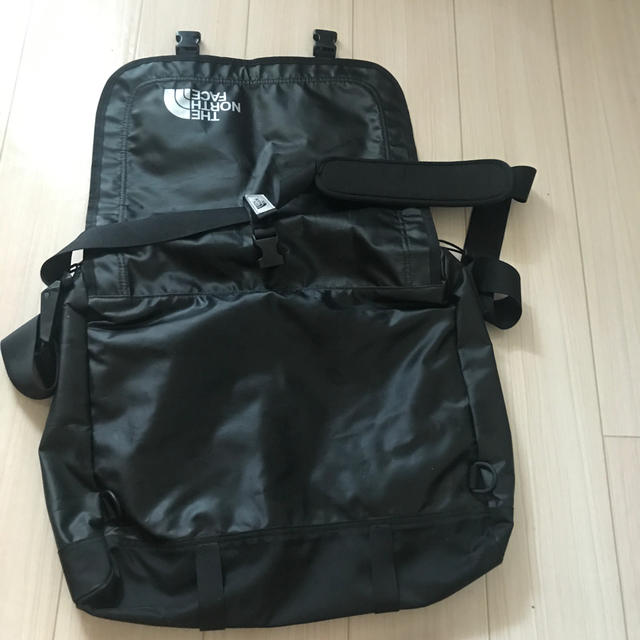 THE NORTH FACE(ザノースフェイス)のTHE NORTH FACE メッセンジャーバック メンズのバッグ(メッセンジャーバッグ)の商品写真