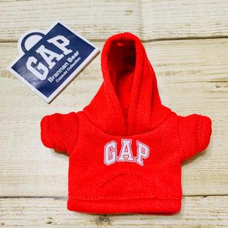 ギャップ(GAP)の新品 GAP 店舗限定 ガチャ ブラナンベア パーカー レッド(キャラクターグッズ)
