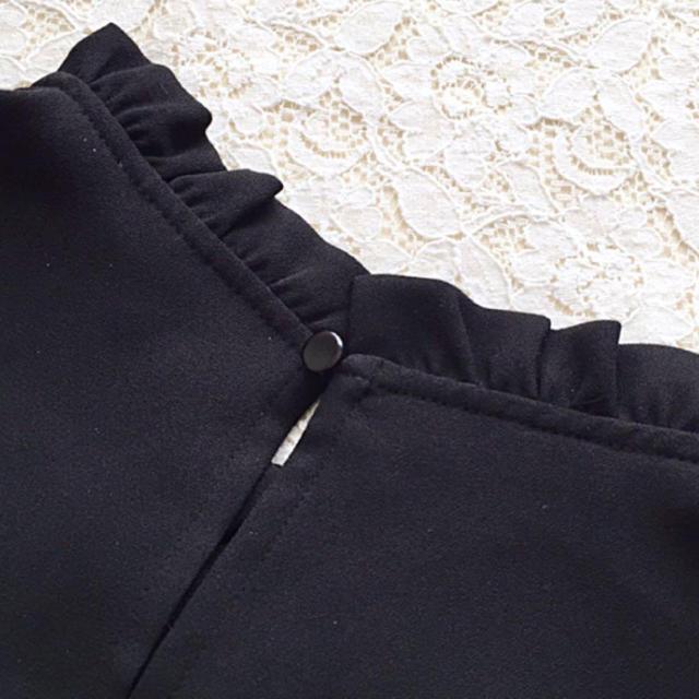 GU(ジーユー)のgu フリルネックブラウス ノースリーブ レディースのトップス(シャツ/ブラウス(半袖/袖なし))の商品写真
