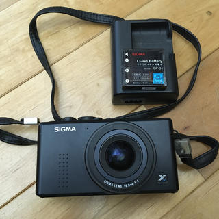 シグマ(SIGMA)のSIGMA dp1 (コンパクトデジタルカメラ)