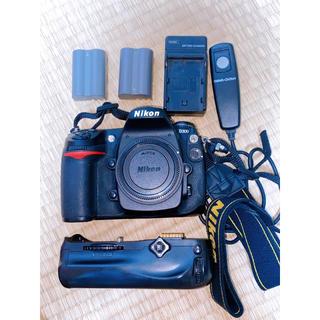 Nikon - 【おまけ多数】Nikon D300 ボディ + バッテリーグリップ