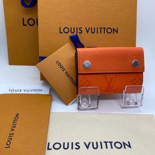 LOUIS VUITTON - 【新品未使用❤︎】ルイヴィトン  ディスカバリーコンパクトウォレット オレンジ♪