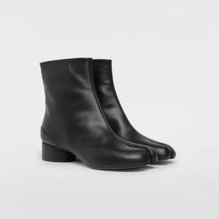マルタンマルジェラ(Maison Martin Margiela)のメゾンマルジェラ☆カーフスキンタビブーツ tabi 足袋(ブーツ)