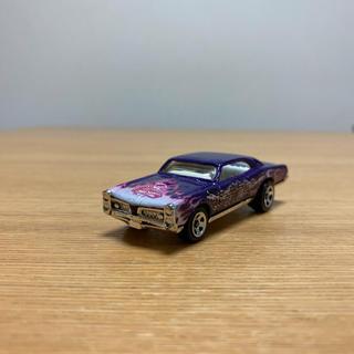 ホットウィール 67 ポンティアック GTO DRAGON WAGONS 龍