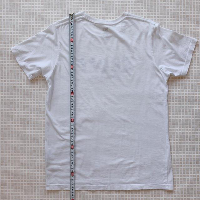 UNIQLO(ユニクロ)のTシャツ 160 ユニクロ UT セレブレイトミッキーTシャツ キッズ/ベビー/マタニティのキッズ服男の子用(90cm~)(Tシャツ/カットソー)の商品写真