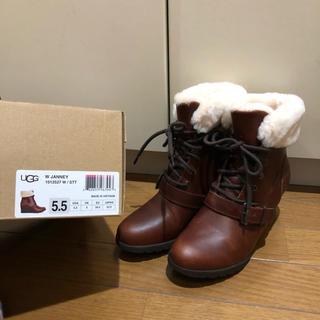 アグ(UGG)のUGG ブーツ ヒール 22.5センチ 防水使用(ブーツ)