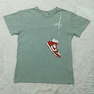 ナイキ(NIKE)のNIKE Tシャツ グレー バッシュ柄(Tシャツ/カットソー(半袖/袖なし))