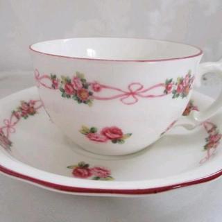 ローラアシュレイ(LAURA ASHLEY)の値下げ♡LAWLEYS TEA イングリッシュローズとリボンのカップ&ソーサー(食器)