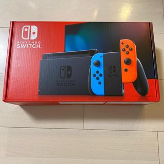 ニンテンドースイッチ(Nintendo Switch)のNintendo Switch ネオンレッド ネオンブルー(家庭用ゲーム機本体)