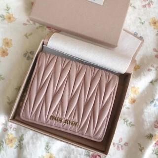 ミュウミュウ(miumiu)のmiumiu◕ ♡ ❥折♧財布(財布)