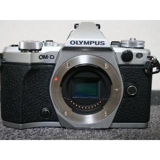 OLYMPUS - 【人気モデル】オリンパス OM-D E-M5 MARKⅡ お買い得です!