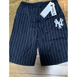 【MLB】ニューヨークヤンキース ハーフパンツ Mサイズ ネイビー