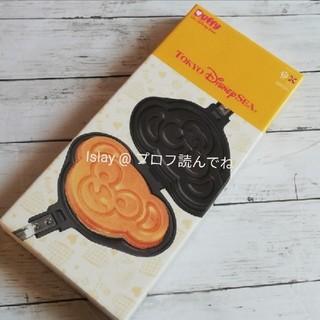 ダッフィー(ダッフィー)の新品 ダッフィーハートウォーミングデイズ ワッフルメーカー ワッフル型(調理道具/製菓道具)