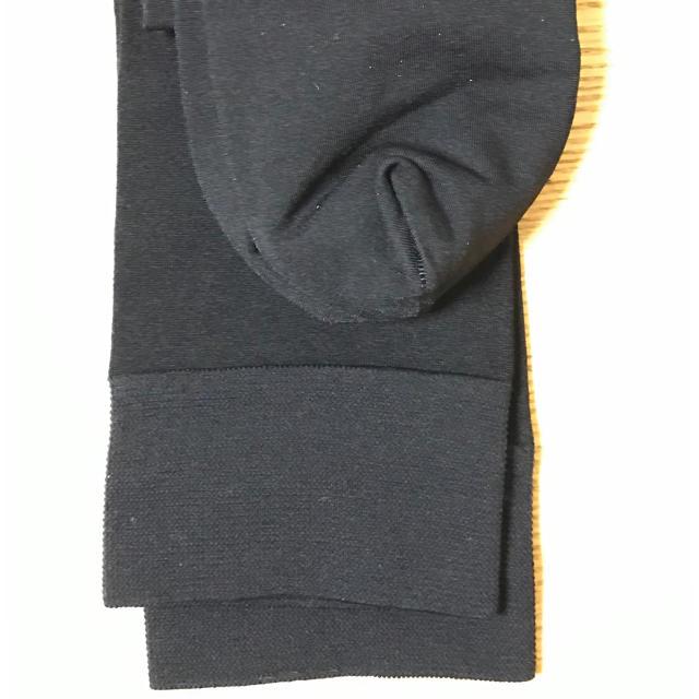 Atsugi(アツギ)のアツギ 圧着ひきしめ ひざ下ストッキング 22〜25cm  ブラック レディースのレッグウェア(タイツ/ストッキング)の商品写真