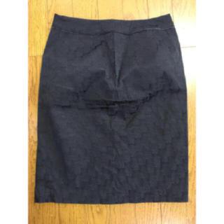 ビーシービージーマックスアズリア(BCBGMAXAZRIA)の♡BCBGMAXAZRIA 膝丈 ロゴ スカート♡ブラック 2(ひざ丈スカート)