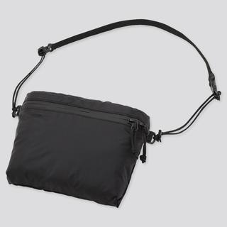 ユニクロ(UNIQLO)のユニクロ ライトウェイト ファニーバック ブラック(ショルダーバッグ)
