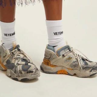 バレンシアガ(Balenciaga)のvetements 靴下ソックス ヴェトモン35-38(ソックス)