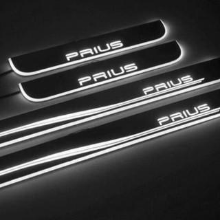 トヨタ(トヨタ)の★プリウス スカッフプレート LED ホワイト 光る 流れる イルミネーション★(車内アクセサリ)