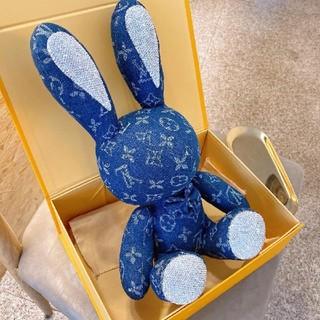 ルイヴィトン(LOUIS VUITTON)のLouis vuitton rabbit doll 縫いぐるみ(ぬいぐるみ)