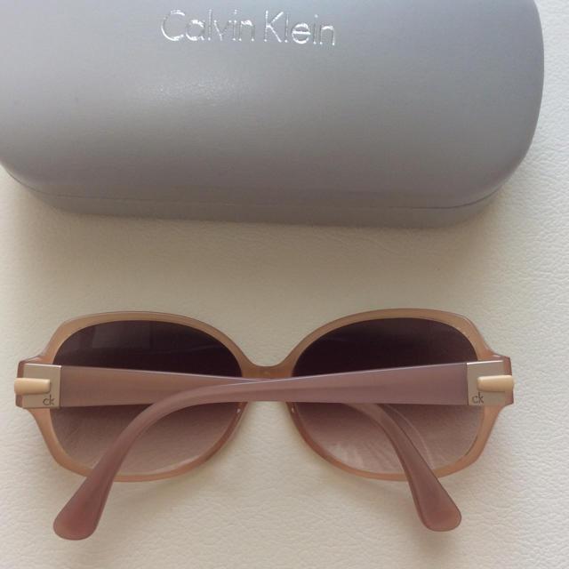 Calvin Klein(カルバンクライン)のカルバンクライン サングラス  CALVIN KLEIN  美品   高島屋  レディースのファッション小物(サングラス/メガネ)の商品写真
