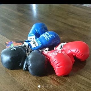 ボクシング   グローブ 飾り  おもちゃ