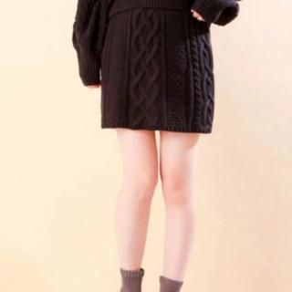 フーズフーチコ(who's who Chico)のケーブルミニスカート ブラック 定価¥6,490 (ミニスカート)