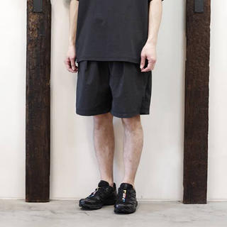ワンエルディーケーセレクト(1LDK SELECT)のTEATORA wallet shorts resort PH 新品未使用(ショートパンツ)