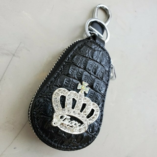 ●王冠 キーケース【新品】黒色 クラウン 車のカギ 鍵 車内アクセ キラキラ (キーケース)