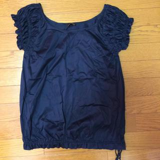 フェンディ(FENDI)のFENDI 黒 フリル トップス(カットソー(半袖/袖なし))