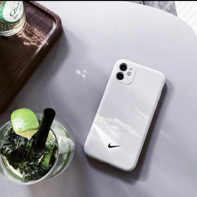 iPhone case ケース スマホ/家電/カメラのスマホアクセサリー(iPhoneケース)の商品写真