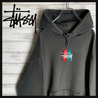STUSSY - 【最高デザイン】ステューシー星ワンポイント刺繍ロゴ入りパーカー 定番カラー 人気