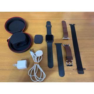 アップルウォッチ(Apple Watch)のApple Watch Series 4(GPSモデル)- 40mm (腕時計(デジタル))