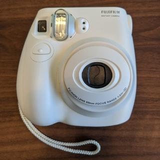 フジフイルム(富士フイルム)のインスタントカメラ チェキ fujifilm instax mini7s(フィルムカメラ)