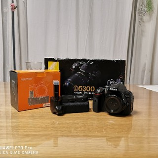 Nikon - ショット数約6000枚 D5300ボディ&非純正バッテリーグリップ