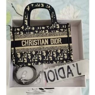 Christian Dior - クリスチャンディオールトートバッグネイビー