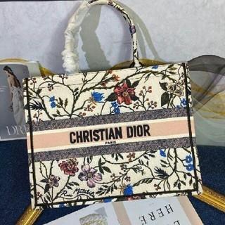Christian Dior - 期間限定値下げ中 クリスチャンディオール ブックトートバッグ  3A