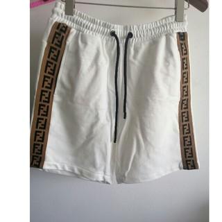 フェンディ(FENDI)の綿 Fendiフェンデイ パンツ 短パンツ (ショートパンツ)