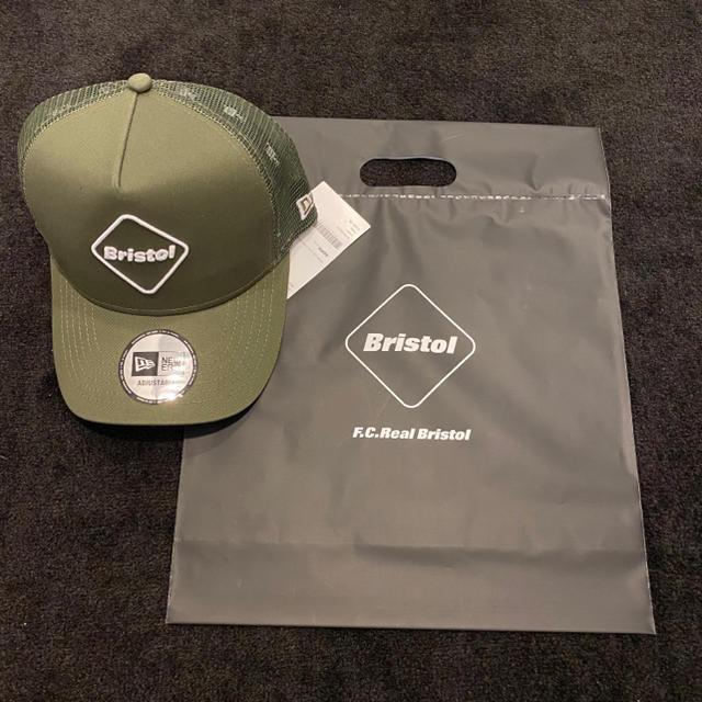 F.C.R.B.(エフシーアールビー)の新品 FCRB NEWERA MESHCAP メッシュキャップ カーキ メンズの帽子(キャップ)の商品写真