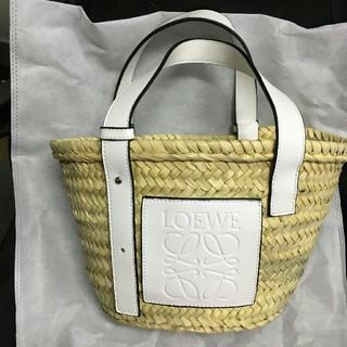 LOEWE - LOEWE かごバッグ バスケット ホワイト スモール Sサイズ
