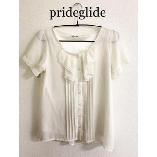 プライドグライド(prideglide)のprideglideパール付きシフォントップス シフォンブラウス(シャツ/ブラウス(半袖/袖なし))