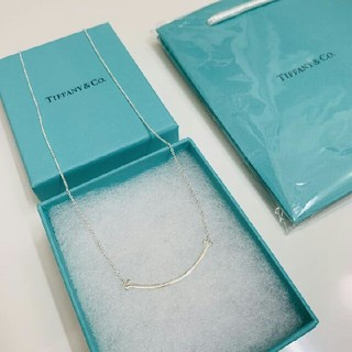 Tiffany & Co. - 【新品未開封】ティファニーTスマイル ペンダント ネックレス