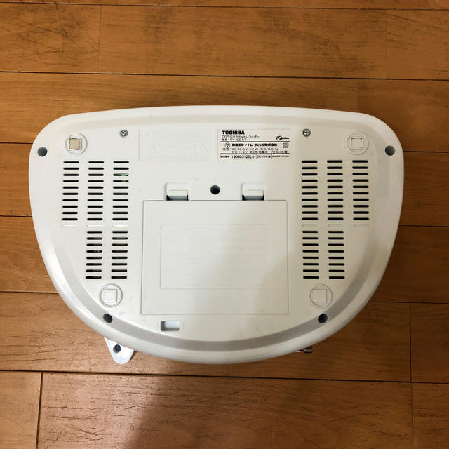 東芝(トウシバ)のTOSHIBA 東芝 CDラジオ TY-CDS7(S) スマホ/家電/カメラのオーディオ機器(ポータブルプレーヤー)の商品写真
