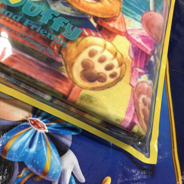 ダッフィー(ダッフィー)の未使用 新品 2019年 ダッフィー の サニーファン メバスタオル エンタメ/ホビーのおもちゃ/ぬいぐるみ(キャラクターグッズ)の商品写真