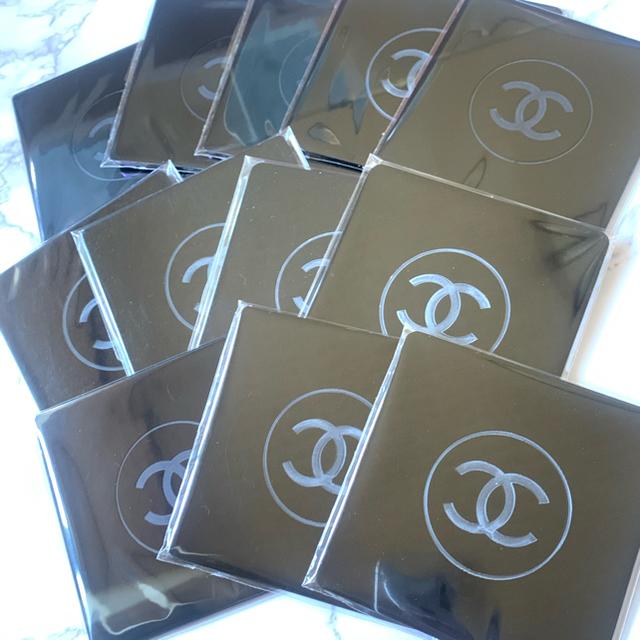 CHANEL(シャネル)のketton様 専用 シャネル  コースター 4枚ノベルティ コスメ/美容のベースメイク/化粧品(その他)の商品写真