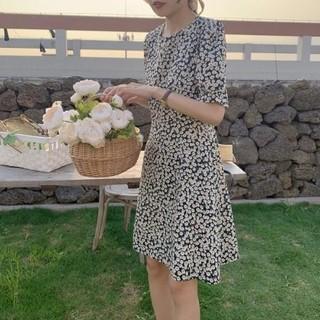 dholic - 韓国風 オルチャン 大人可愛い 花柄 フェミニン ワンピース