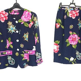 LEONARD - レオナール スカートスーツ サイズ9 M美品