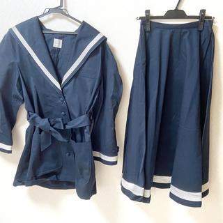 カネコイサオ(KANEKO ISAO)のカネコイサオ スカートセットアップ(セット/コーデ)