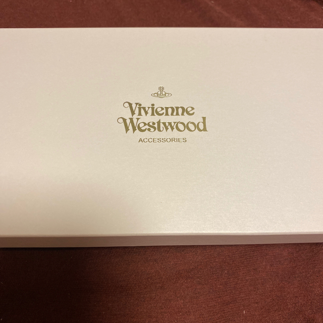 Vivienne Westwood(ヴィヴィアンウエストウッド)のGAB⭐︎様専用 ヴィヴィアンウエストウッド長財布パイソン柄型押しブラックレッド レディースのファッション小物(財布)の商品写真