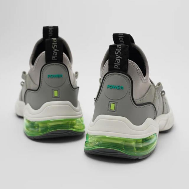 ZARA(ザラ)の新品 ZARA PLAYSTATION プレイステーション プレステ スニーカー メンズの靴/シューズ(スニーカー)の商品写真