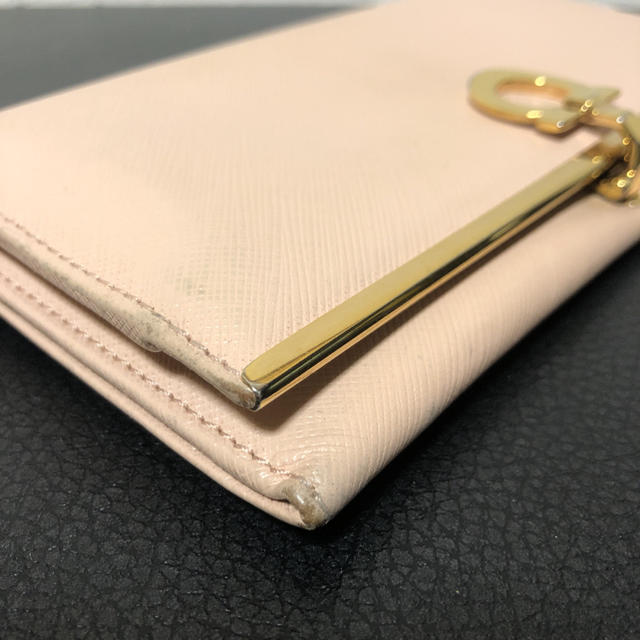 Salvatore Ferragamo(サルヴァトーレフェラガモ)のサルヴァトーレフェラガモ 長財布 レディースのファッション小物(財布)の商品写真